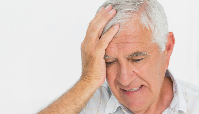 How to help seniors cope with anxiety