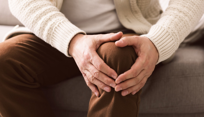 Helping Seniors Manage Arthritis Pain