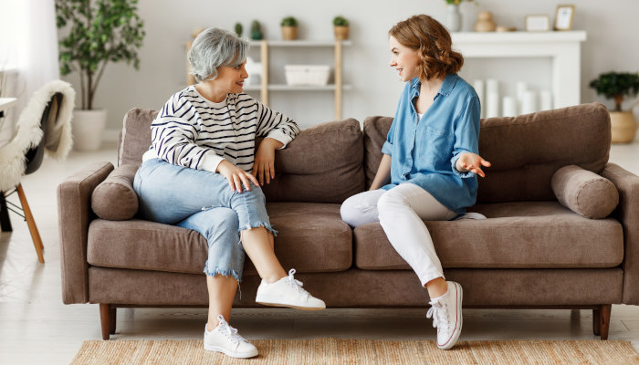 Conversation Starters With Your Elderly Loved Ones