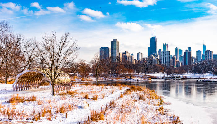 Where to Enjoy a Winter Day in Chicago During COVID